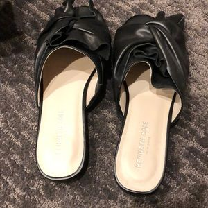 Kenneth Cole Black Leather Sandals